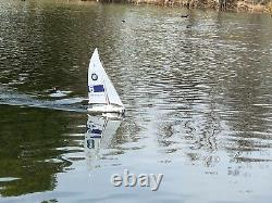 25 RC Remote Control 4 Channels Sailboat 120SH Motor -BMW Sailing Cup