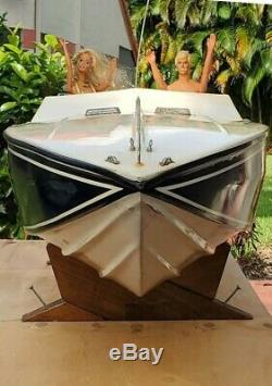 Remote Control 48 Cigarette Style Weedeater Model Boat