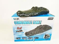 UK 2.4G Remote Control Electric Crocodile Head RC Boat Twin Motor Water Toys